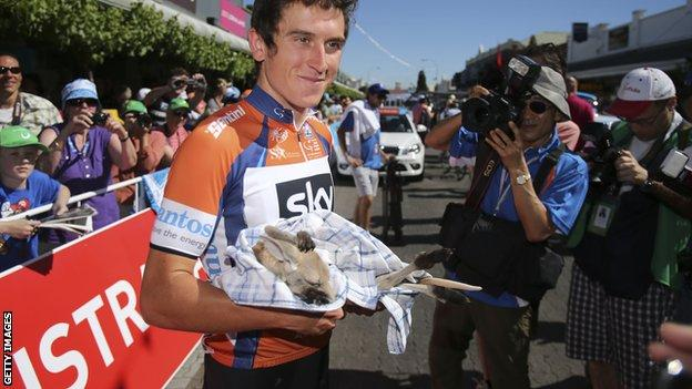 Geraint Thomas in the Tour Down Under leaders' jersey in 2013
