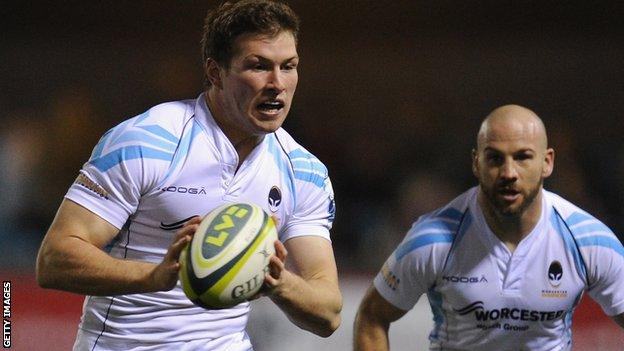 Max Stelling playing for Worcester Warriors