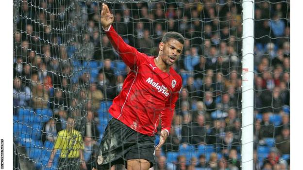 Striker Frazier Campbell