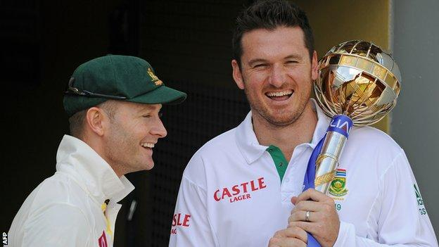 Michael Clarke and Graeme Smith