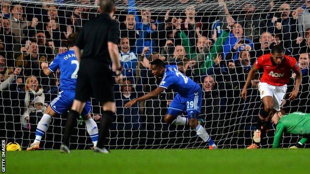 Samuel Eto'o scores a hat-trick against Manchester United