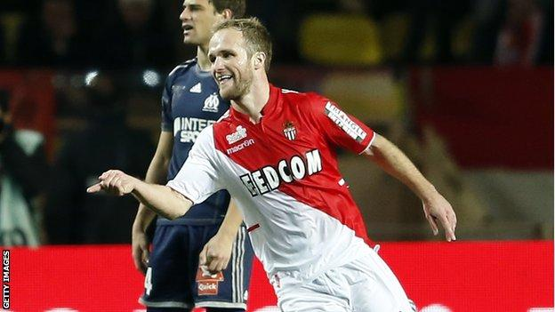 Monaco move to within three points of PSG with victory against Marseille