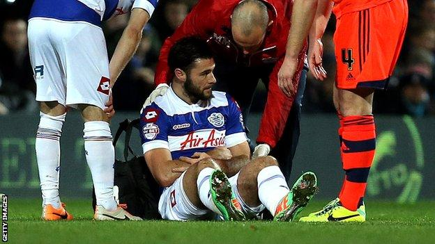 Charlie Austin suffered his shoulder injury in his side's 2-1 defeat of Bolton