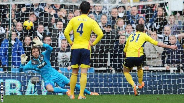 Fabio Borini scores form the penalty