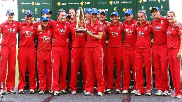 The England Women squad with the Women's Ashes trophy after their 10-8 series win against Australia