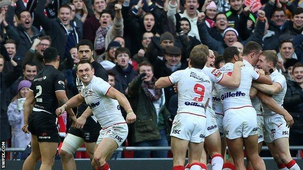 England celebrate a try against New Zealand in the World Cup