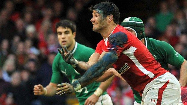 Mike Phillips with Conor Murray in the background