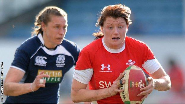 Rachel Taylor in action for Wales