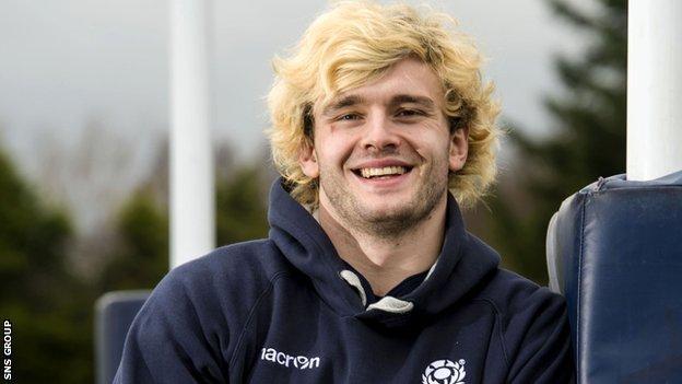 Scotland lock Richie Gray