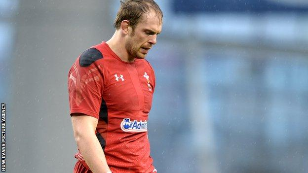 Wales lock Alun Wyn Jones