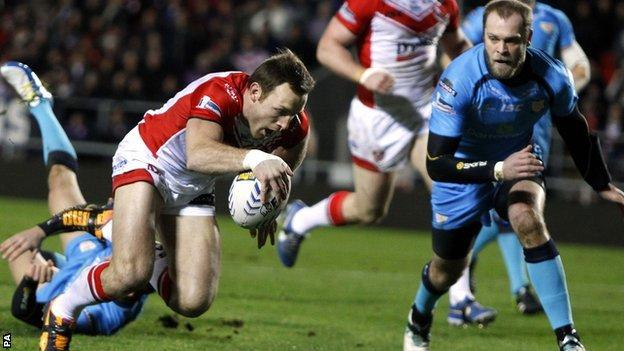 James Roby scores for St Helens