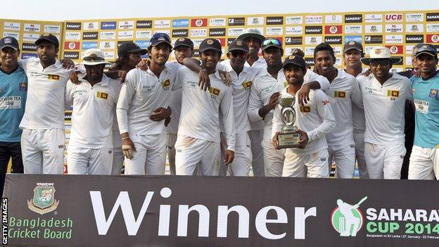 Sri Lanka with the Test series trophy