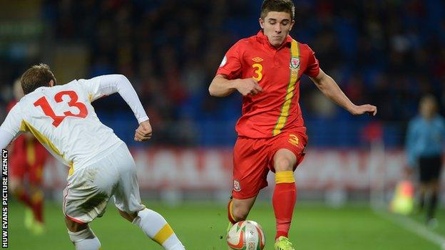 Declan John in action for Wales