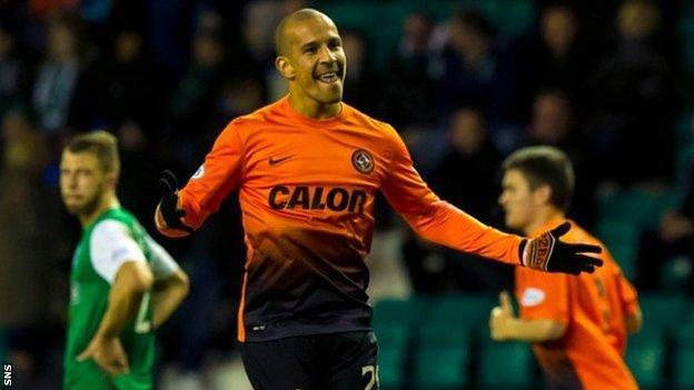 Farid El Alagui scored United's third goal
