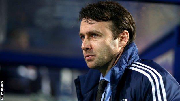 Bolton manager Dougie Freedman