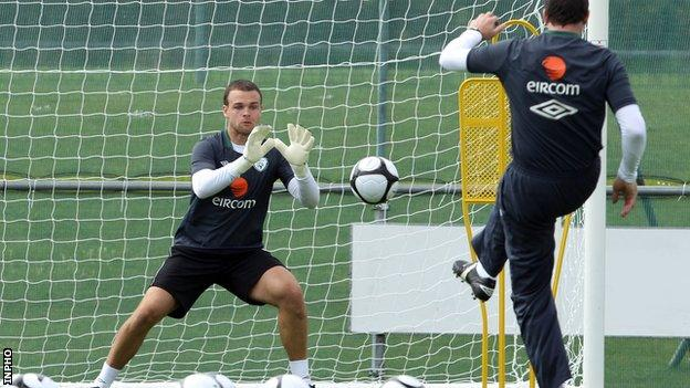 Goalkeeper Brian Murphy is called up to the Republic of Ireland squad