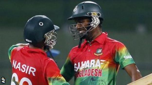 Sohag Gazi (right) celebrates winning an ODI with Nasir Hossain