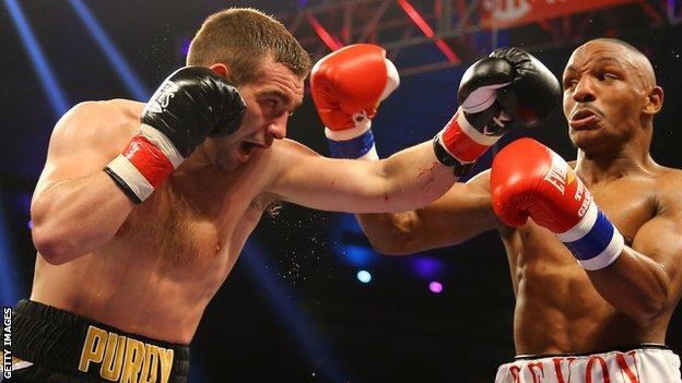 Lee Purdy in action against Devon Alexander