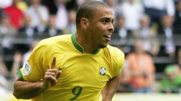 Ronaldo celebrates his 15th World Cup goal after scoring against Ghana in 2006