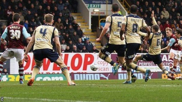 Scott Arfield scores Burnley's winner