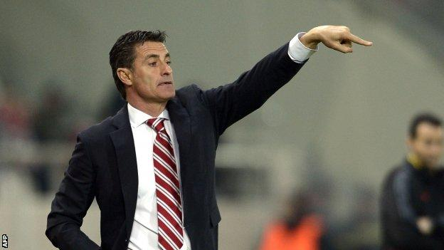 Olympiakos manager Michel
