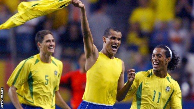 Rivaldo retires