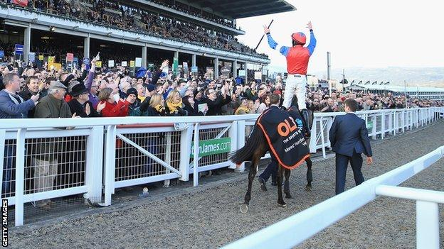 Ruby Walsh takes the applause after winning the OLBG Mares' Hurdles race on Quevega
