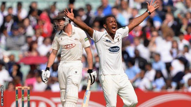 Chris Jordan takes a wicket