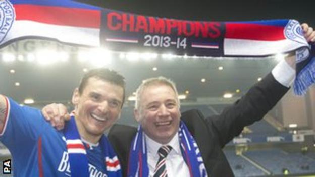 Rangers captain Lee McCulloch and manager Ally McCoist celebrate promotion