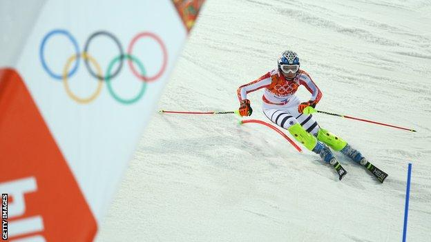 Three-time Olympic champion Maria Hoefl-Riesch retires
