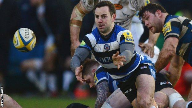Micky Young passes the ball for Bath