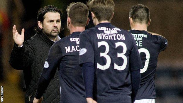 Dundee lead the Championship