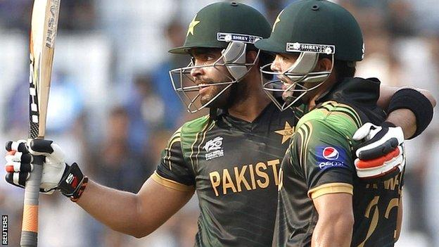 Umar Akmal celebrates his half century with brother Kamran