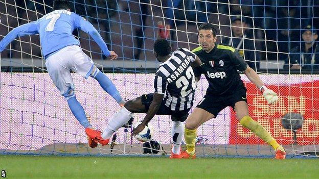 Napoli 2 0 Juventus Bbc Sport