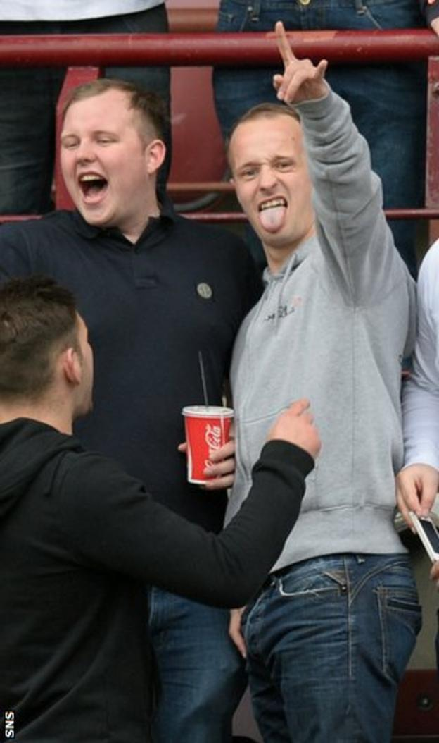 Leigh Griffiths with Hibs fans during last week's Edinburgh derby
