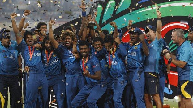 Sri Lanka with the ICC World Twenty20 trophy