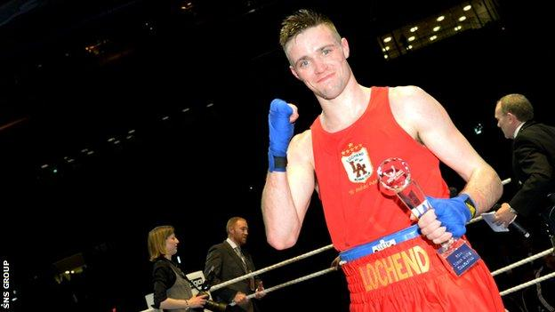 Josh Taylor will fight for Scotland in Glasgow