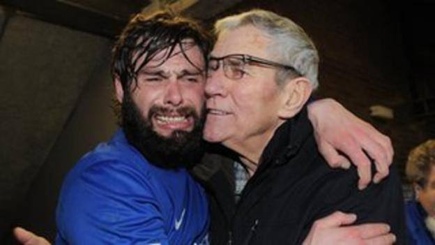 Gary Hamilton celebrates Glenavon's semi-final win over Crusaders