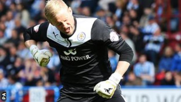 Leicester's goalkeeper Kasper Schmeichel
