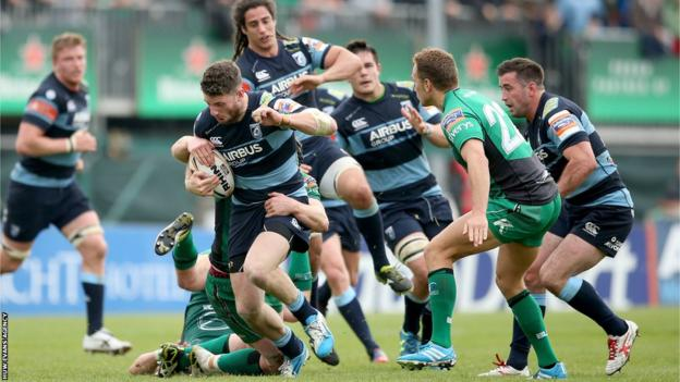 Alex Cuthbert takes on Connacht in Blues' 22-15 win there
