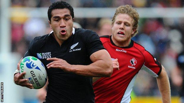 Mils Muliaina in action against Canada at the 2011 World Cup