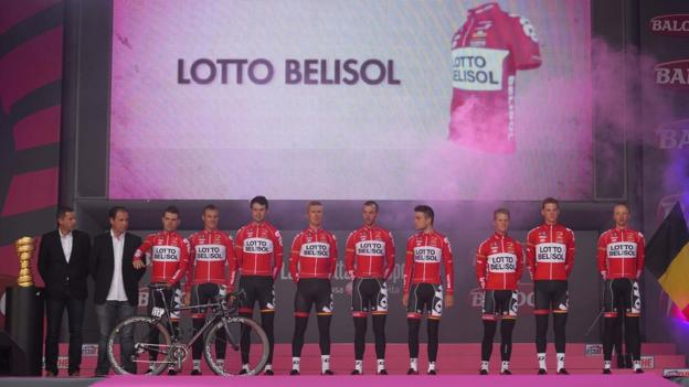 Members of Belgian team Lotto-Belisol are introduced to the spectators who crowded outside Belfast's City Hall ahead of the Giro d'Italia's big start