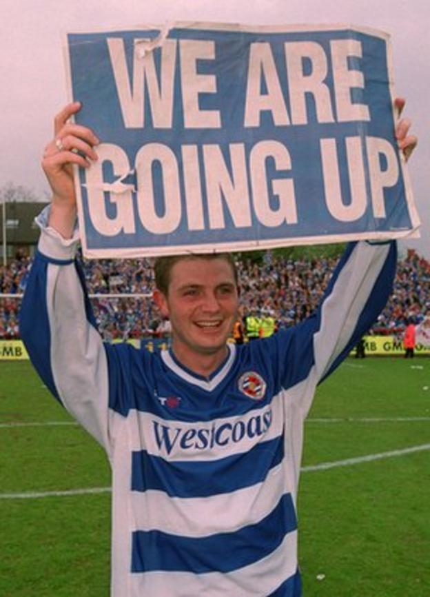 Jamie Cureton celebrates Reading's promotion