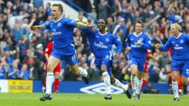 Chelsea's Jesper Gronkjaer celebrates the £1bn goal against Liverpool
