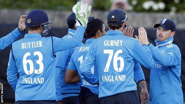 England celebrate v Sotland