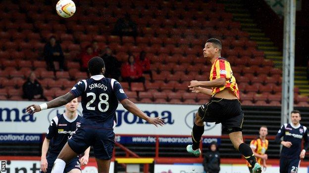 Lyle Taylor score against Ross County