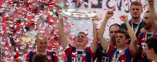Bayern Munich v Stuttgart