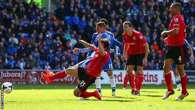 Fernando Torres fires in for Chelsea against Cardiff