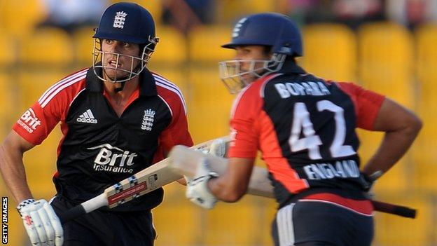 Alastair Cook and Bopara