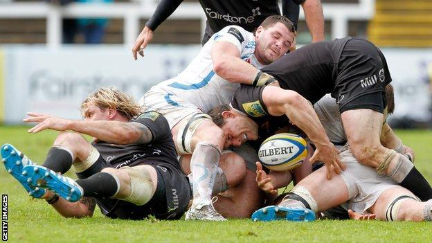 Newcastle Falcons in the ruck